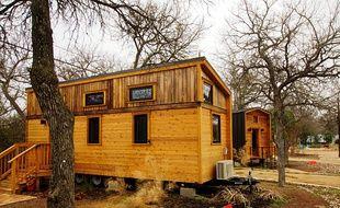 Une tiny house, ou micro-maison.