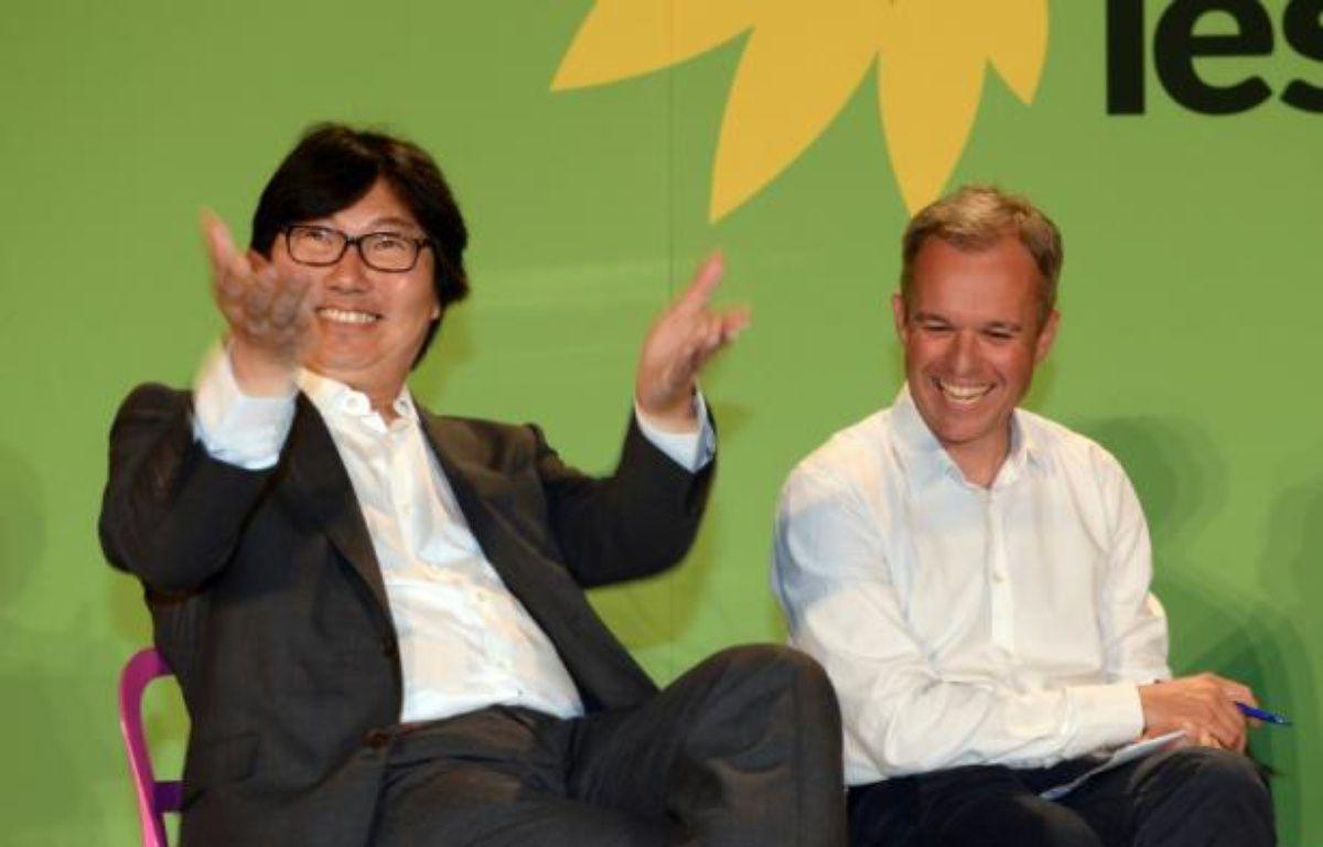 Le chef de file des sénateurs écologistes Jean-Vincent Placé et le co-président du groupe écologiste à l'Assemblée nationale François de Rugy, à Pessac (Gironde) le 22 août 2014 – Jean-Pierre Muller AFP