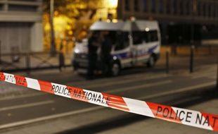 Cordon de police après l'agression au couteau qui a fait 7 blessés, le 10 septembre, à Paris (19e).