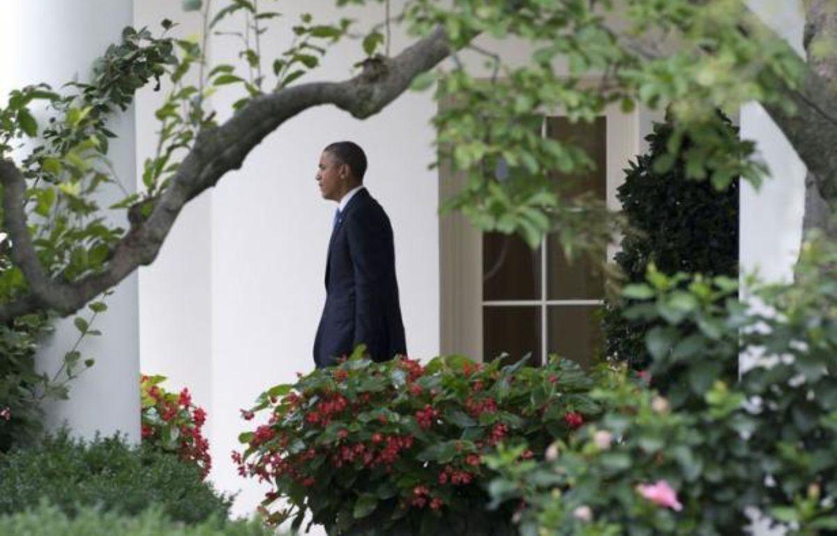 Barack Obama a essuyé jeudi une série de sondages préoccupants en vue de la présidentielle du 6 novembre, au moment où il entamait une tournée de deux jours en Floride (sud-est), Etat crucial par excellence sur la carte électorale américaine. – Saul Loeb afp.com