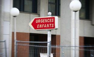 L'entrée des urgences pédiatriques de l'hôpital Purpan, à Toulouse, le 15 janvier 2014.