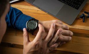 La montre TicWatch Pro incorpore un double écran OLED et LCD pour une autonomie renforcée.