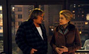 Gérard Depardieu et Catherine Deneuve dans Potiche