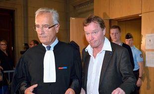 """Le père de Susanna Zetterberg, l'étudiante suédoise tuée en avril 2008 à Paris, s'est dit jeudi """"sûr que justice va être rendue"""", à la veille du verdict au procès de Bruno Cholet, chauffeur de taxi clandestin et délinquant multirécidiviste."""