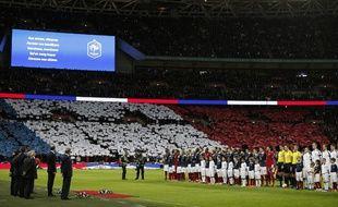 Le stade de Wembley aux couleurs de la France, le 17 novembre 17 à Londres.