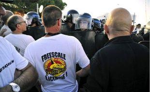 La tensionétait vive hier entre les forces de l'ordre et les manifestants.