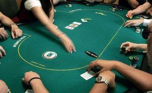 Une table de poker (Illustration)