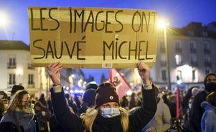 """Manifestation contre la loi """"Sécurité globale"""", le 27 novembre 2020. Illustration"""