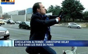 Capture d'écran de la matinale de BFMTV sur la circulation alternée à Paris, le 17 mars 2014.