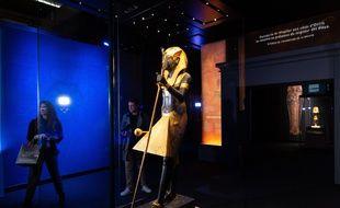 Cette statue du gardien présente à l'exposition Toutankhamon à La Villette à PAris, n'avait jamais quitté l'Egypte.