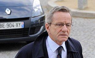 Alain Carignon, le 27 octobre2011 au Père Lachaise.