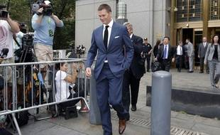 Tom Brady quitte la Cour Fédérale, à New York, le 31 août 2015.