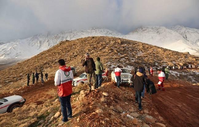 Iran: L'avion disparu reste introuvable au deuxième jour de recherches