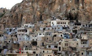 La visite de la trentaine de pèlerins français passera par le village chrétien de Maaloula, à 56 kms au nord-est de Damas, ici photographiée le 14 mai 2014.