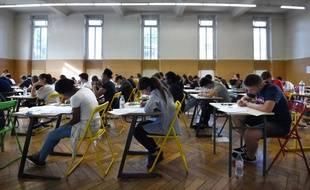 A l'approche du baccalauréat, les lycéens doivent remplir leurs choix d'orientation sur Parcoursup (image d'illustration).