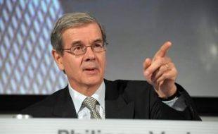 """Le président de PSA Peugeot Citroën, Philippe Varin, a contacté jeudi le ministre de l'Industrie Christian Estrosi pour lui dire qu'""""il a donné instruction au directeur des achats pour qu'il entre en contact avec Molex"""", a précisé un porte-parole du groupe."""
