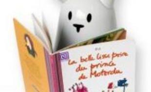 Le lapin Nabaztag se met à la lecture