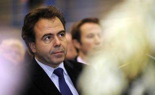 Le secrétaire d'Etat à la Consommation et à l'Industrie, Luc Chatel.