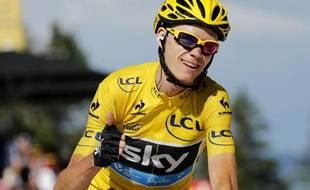 Le maillot jaune Christopher Froome à l'arrivée à Annecy-Semnoz le 20 juillet 2013.