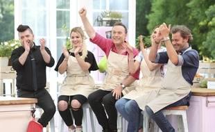 Camille Lou, Jérôme Anthony, Chris Marques et EnjoyPhoenix se sont affrontés pour le titre de meilleur pâtissier.