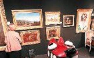 En 2011, le Salon des antiquaires avait accueilli 8500 visiteurs.