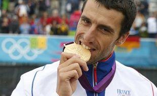 Le champion olympique de canoë, Tony Estanguet, lors de sa victoire à Londres, le 31 juillet 2012.