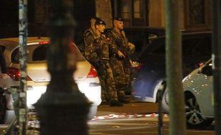Des militaires dans Paris après les attentats meurtriers du 13 novembre