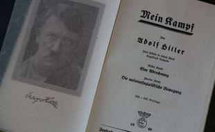 Réédition de l'ouvrage «Mein Kampf» d'Adolf Hitler.