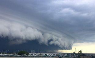 Un impressionnant nuage à Cleveland (Etats-Unis) a été immortalisé par les internautes le 11 août 2016.