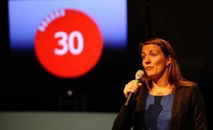 """L'étudiante Nathalie Lagarde participe à la finale de """"Ma thèse en 180 secondes"""" à Nancy, le 3 juin 2015"""
