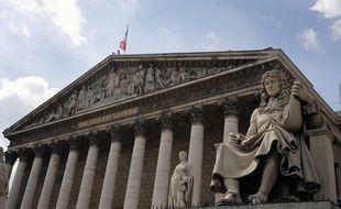 La statue de Jean-Baptiste Colbert va-t-elle rester en place ?
