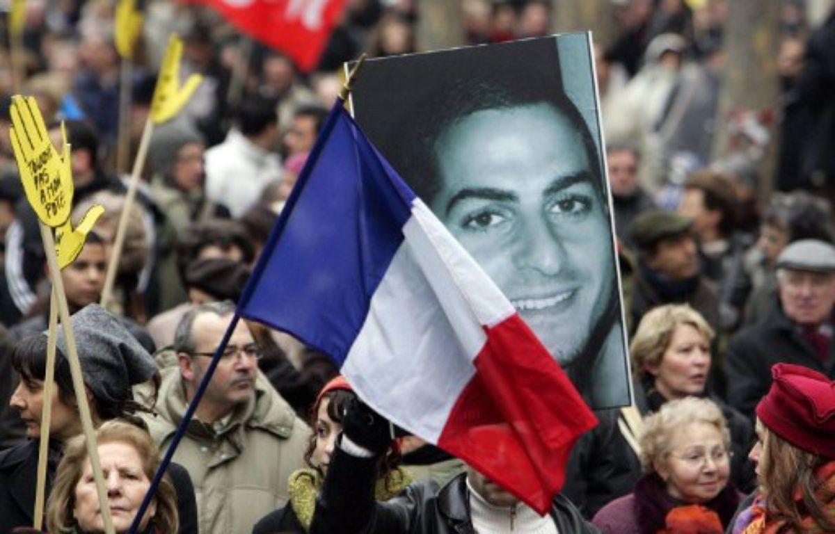 Une manifestation en 2006 à Paris pour condamner la mort d'Ilan Halimi. – PASCAL PAVANI / AFP