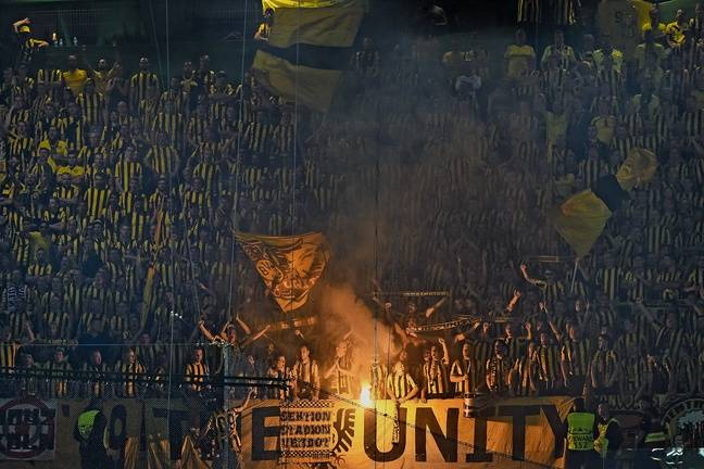 Les Ultras de The Unity