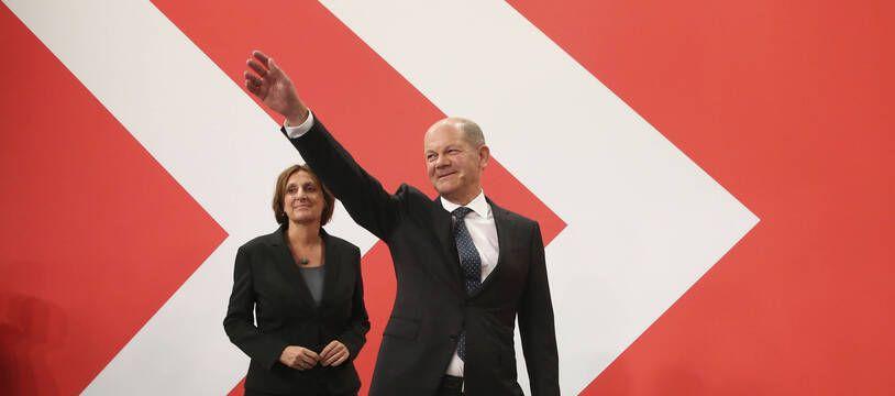 Olaf Scholz vise pour le SPD la chancellerie, à Berlin le 26 septembre 2021.