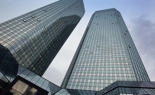 Le siège de la Deutsche Bank à Francfort, le 6 juillet 2016