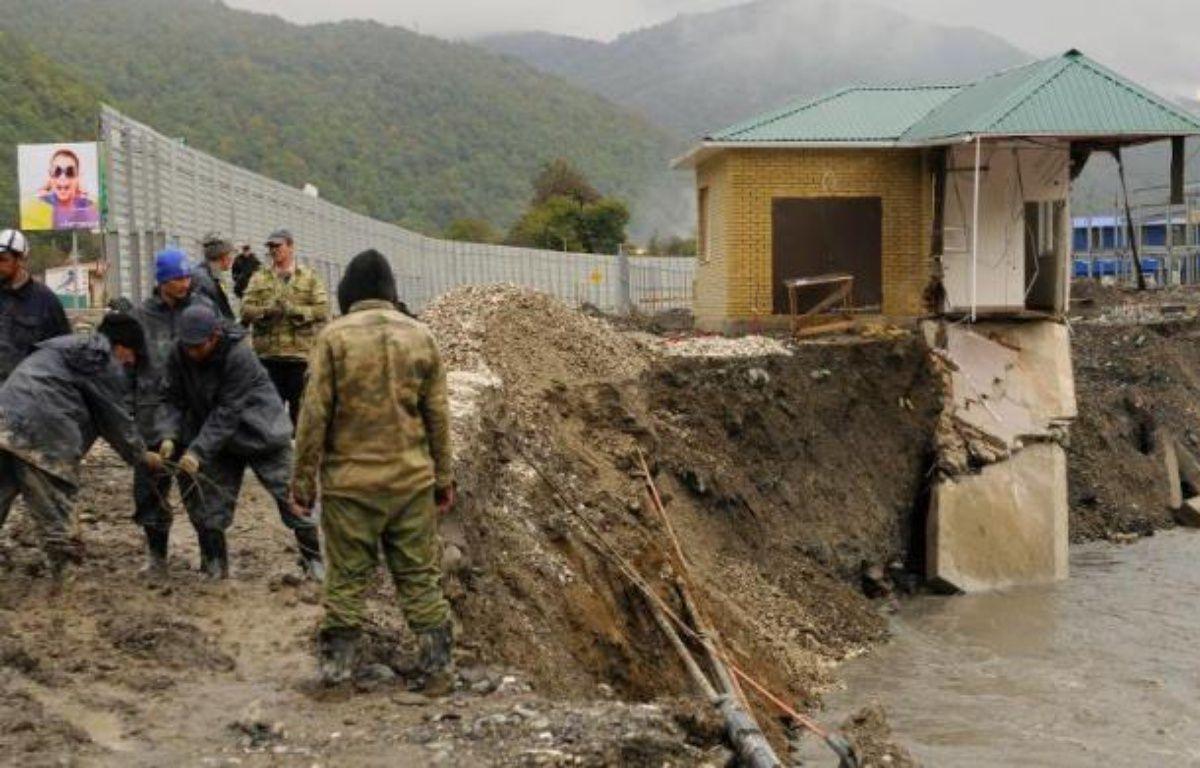 Sur les hauteurs de Sotchi, Akhshtyr ne coule plus des jours tranquillesau bord de la rivière Mzymta: depuis 2008, les travaux près du site olympique ont privé le village d'eau, de route et laissé l'impression aux habitants d'avoir été sacrifiés. – Mikhail Mordasov AFP