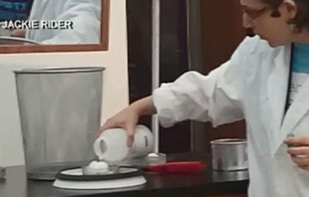 Capture d'écran d'une vidéo sur laquelle une scientifique tente de recréer une tornade. Mais cela finit en explosion. – Capture d'écran/20minutes