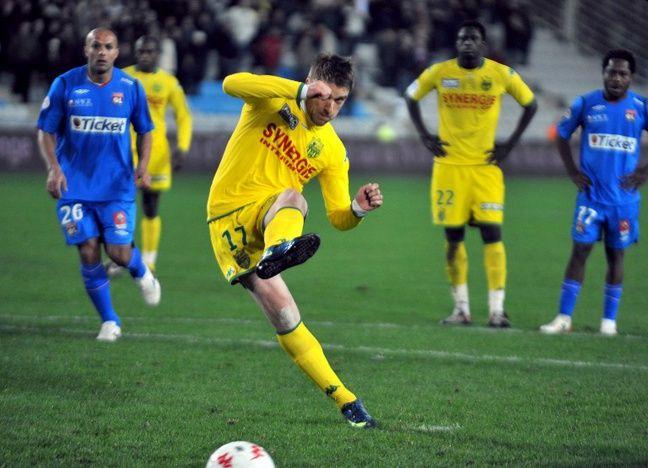 Klasnic ouvre le score sur penalty.