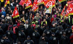 Manifestation de soutien à des salariés d'Air France poursuivis par la justice, le 2 décembre 2015 à Bobigny