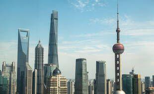 Le plus haut hôtel au monde a ouvert ses portes, au sommet de la Tour de Shanghai.