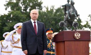 Le président russe Vladimir Poutine à Saint-Pétersbourg, dimanche 25 juillet 2021.