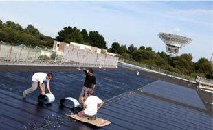 Les chantiers d'installation de panneaux solaires devraient tourner au ralenti en 2011.