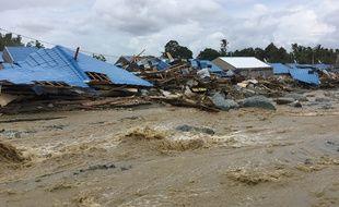 Au moins 89 personnes sont mortes dans les inondations qui ont frappées Sentani près de Jayapura, en Indonésie, le 17 mars 2019.