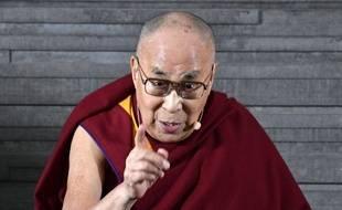 Le Dalaï Lama lors d'une conférence de presse à Malmö.
