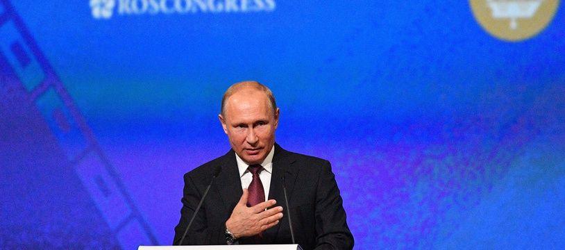 Vladimir Poutine à Saint Pétersbourg le 25 mai 2018.