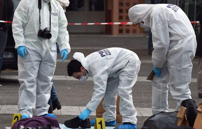 Chambéry: Le corps d'un homme lardé de coups de couteau retrouvé devant un immeuble