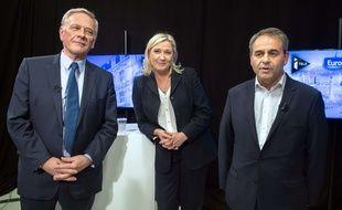 Pierre de Saintignon (PS), Marine Le Pen (FN) et Xavier Bertrand (Les Republicains), trois des candidats aux régionales en Nord-Pas-de-Calais-Picardie.