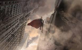 Superman vu par l'artiste Jamie Jones exposé au musée ArtLudique