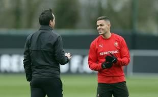 Julien Stéphan et Hatem Ben Arfa le 6 mars 2019 à l'entraînement.