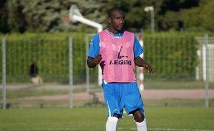 Mamadou Niang à l'entraînement avec Arles-Avignon, mercredi 3 septembre 2014.
